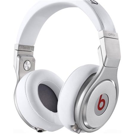 beats-pro-white_medium_image_1