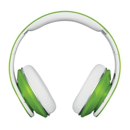 beats-studio-green_medium_image_3
