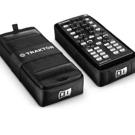 native-instruments-traktor-kontrol-x1-f1-bag_medium_image_5
