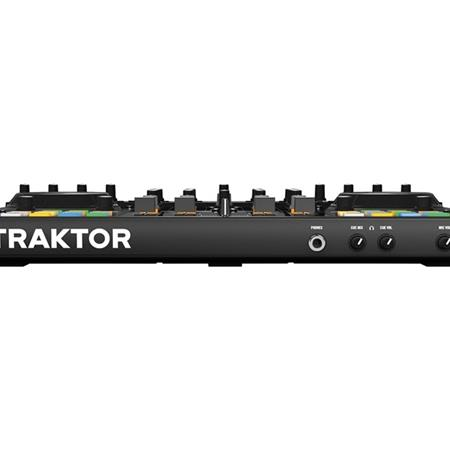 native-instruments-traktor-kontrol-s4-mk2_medium_image_4