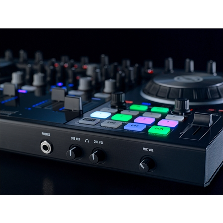 native-instruments-traktor-kontrol-s4-mk2_medium_image_8