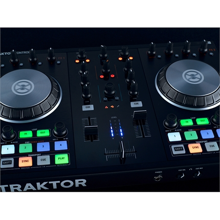 native-instruments-traktor-kontrol-s2-mk2_medium_image_6