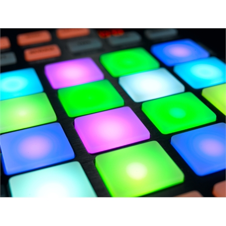 native-instruments-traktor-kontrol-f1_medium_image_10
