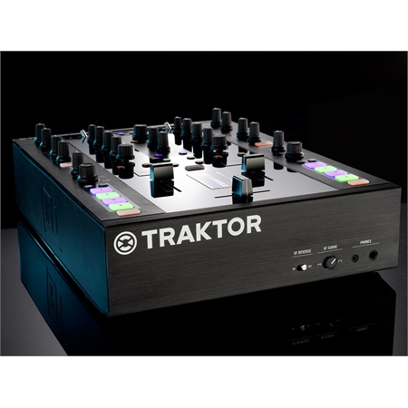 native-instruments-traktor-kontrol-z2_medium_image_5