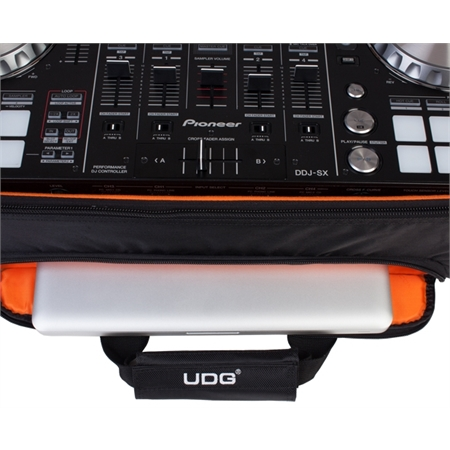 udg-ultimate-midi-controller-backpack-large-blackorange-inside_medium_image_4