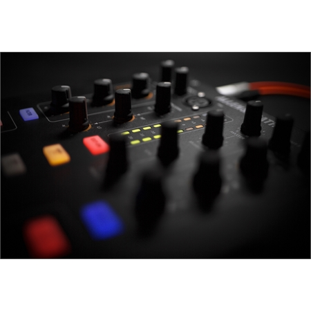 allen-heath-xone23c_medium_image_17