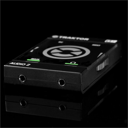 native-instruments-traktor-audio-2-mk2_medium_image_5