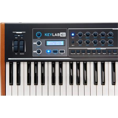 arturia-keylab-61-black-edition_medium_image_5