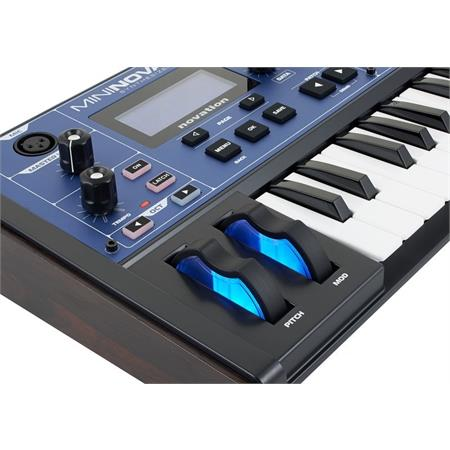novation-mininova-1_medium_image_12