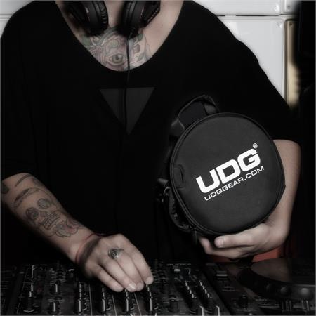 udg-digi-headphone-bag_medium_image_6
