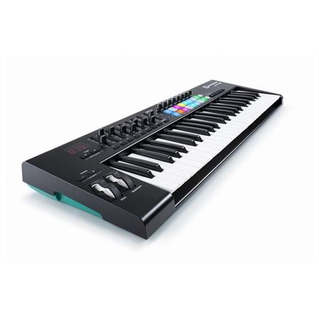 novation-launchkey-49-mkii_medium_image_1