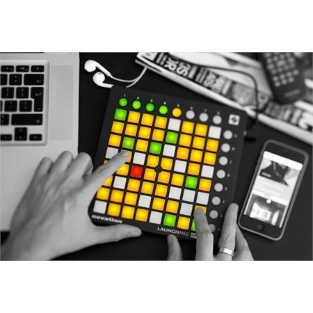novation-launchpad-mini-mkii-usato_medium_image_2