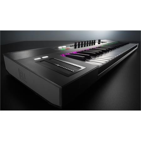 native-instruments-komplete-kontrol-s49-komplete-11-ultimate_medium_image_9