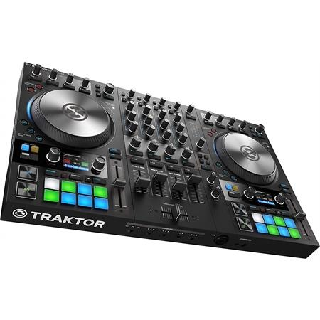 native-instruments-traktor-kontrol-s4-mk3_medium_image_4