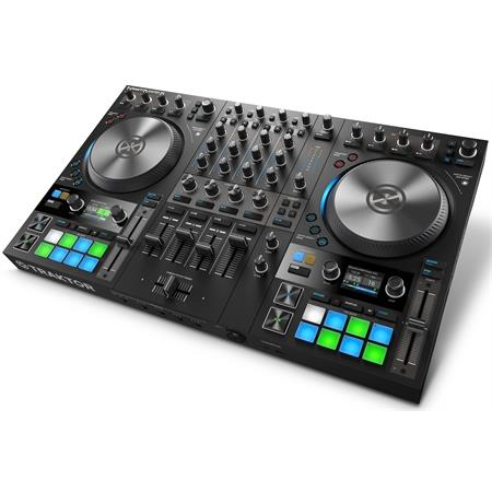 native-instruments-traktor-kontrol-s4-mk3_medium_image_11