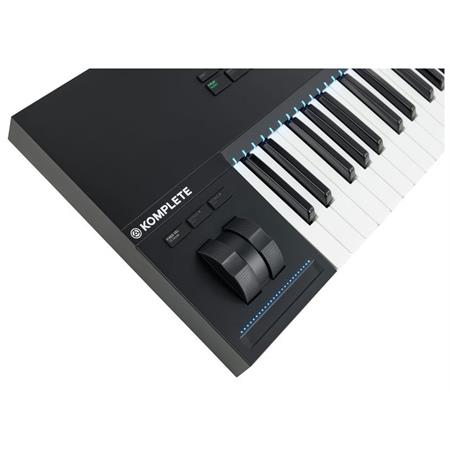 native-instruments-komplete-kontrol-s49-mk2_medium_image_11