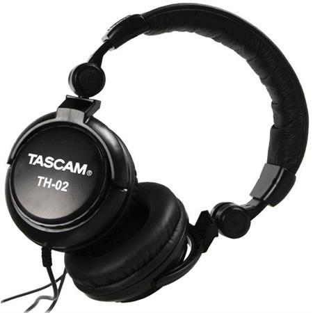 tascam-th-02