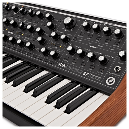 moog-subsequent-37_medium_image_9