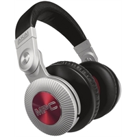 akai-mpc-headphones